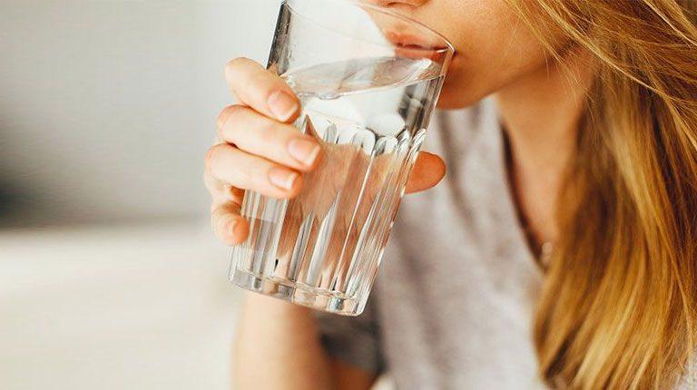 Drink water to be healthy: Best times and tips to drink water